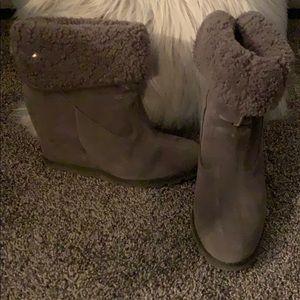 Ugg wedge kyra boots